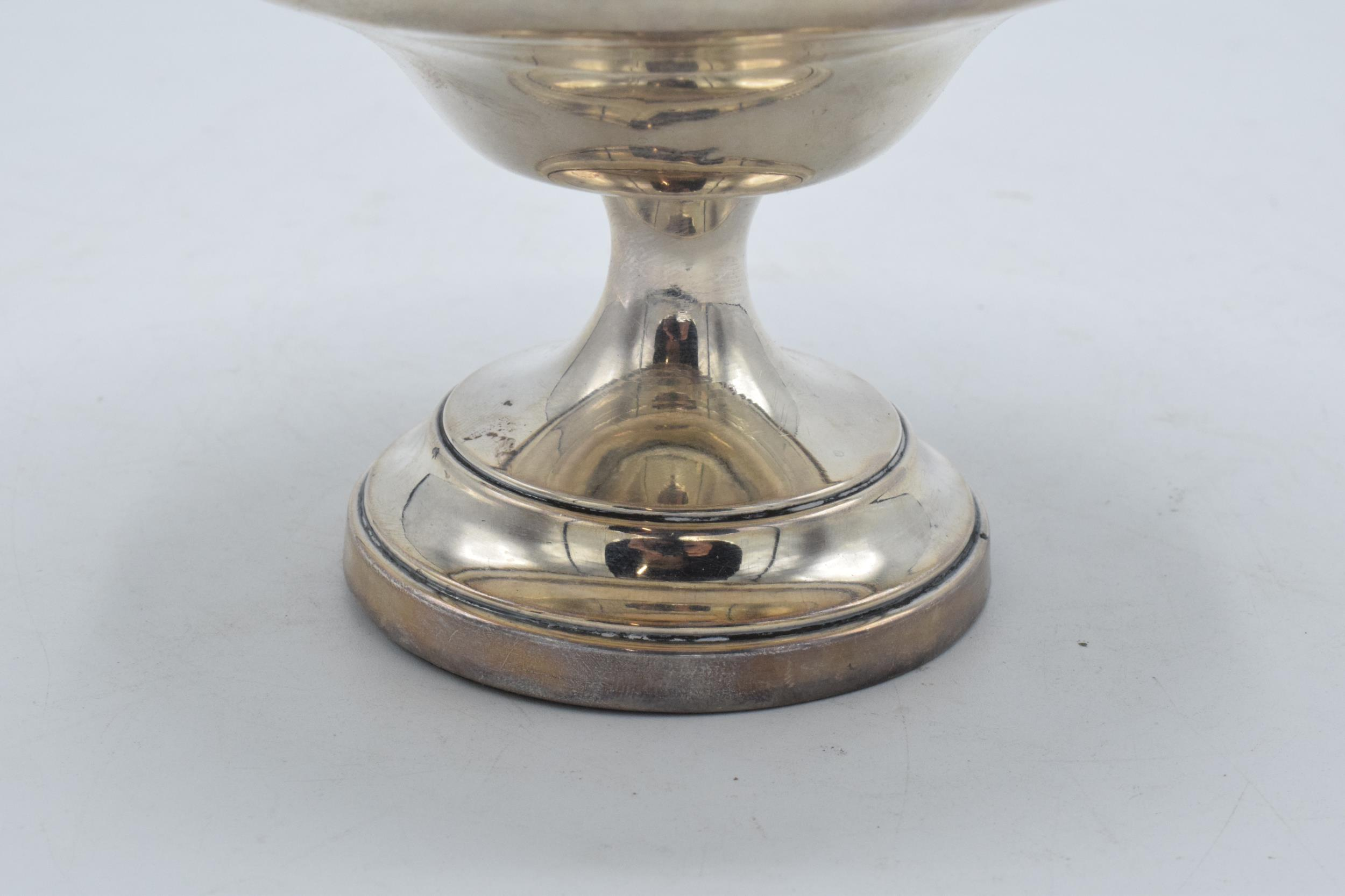 A loaded silver comport hallmarked for Birmingham 1920 or 1945. 14cm diameter. In good condition - Image 3 of 6