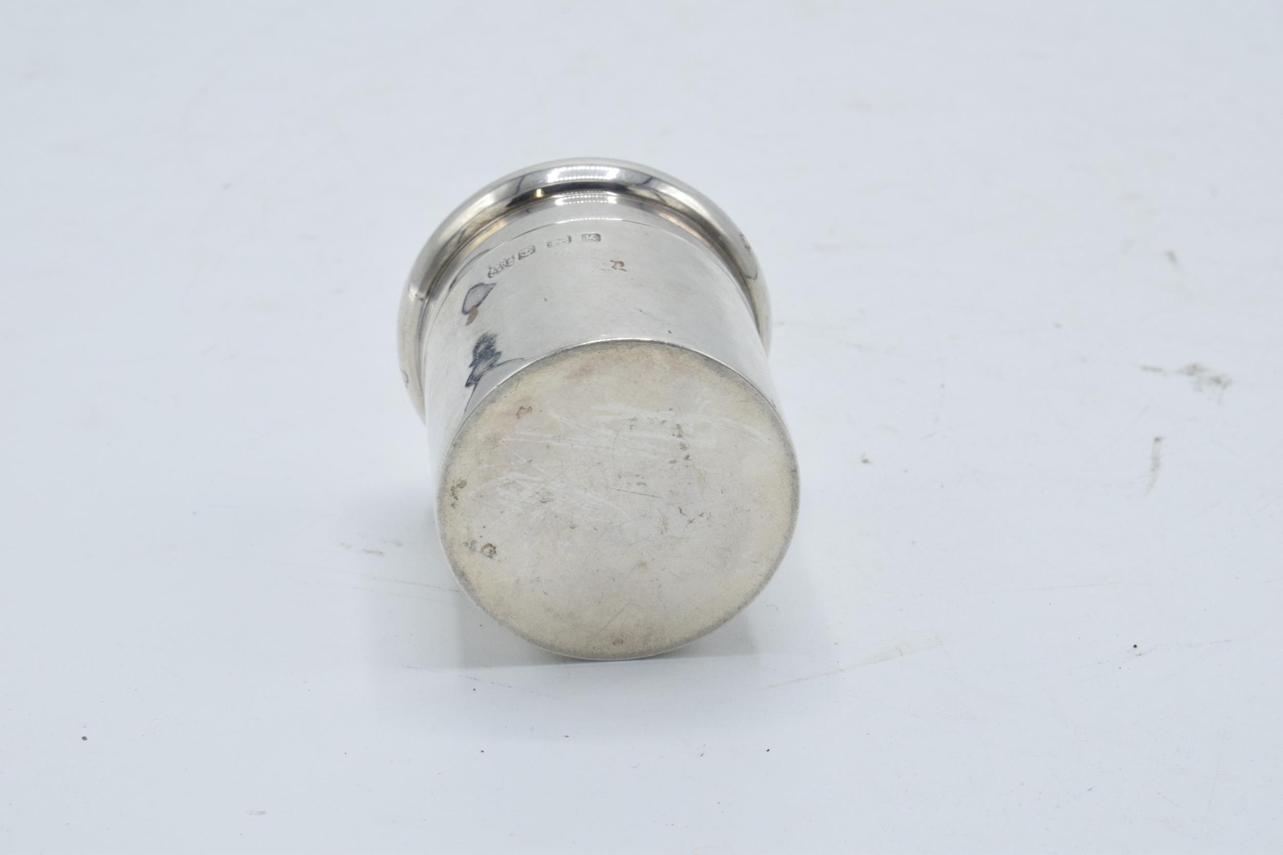 Silver cylindrical lidded pot/ box. Birmingham 1906. 45.4 grams. 5.5cm tall. - Image 4 of 4