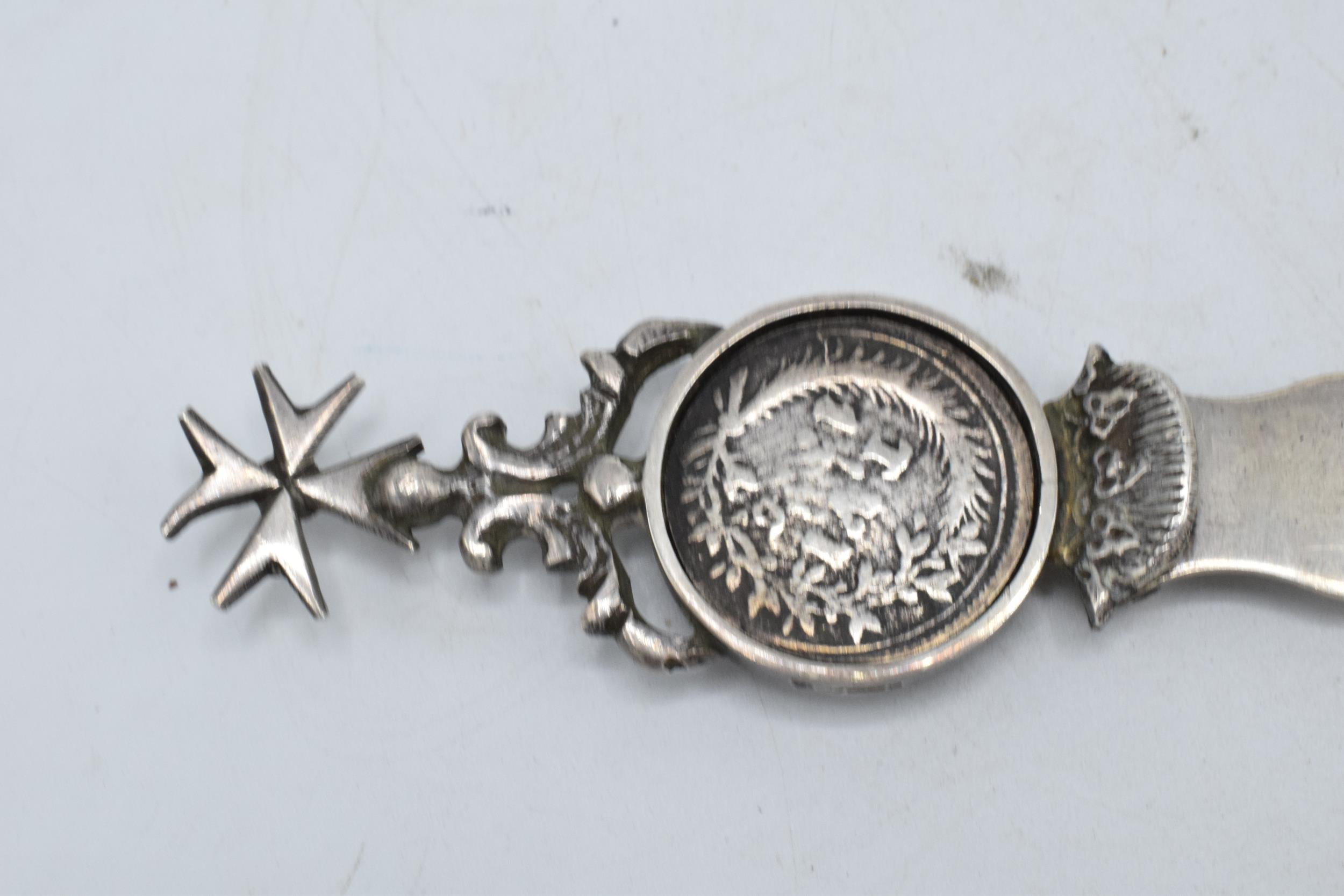 A silver Maltese letter opener with an inset silver Italian coin. 24cm long. 50.5 grams. - Image 3 of 4