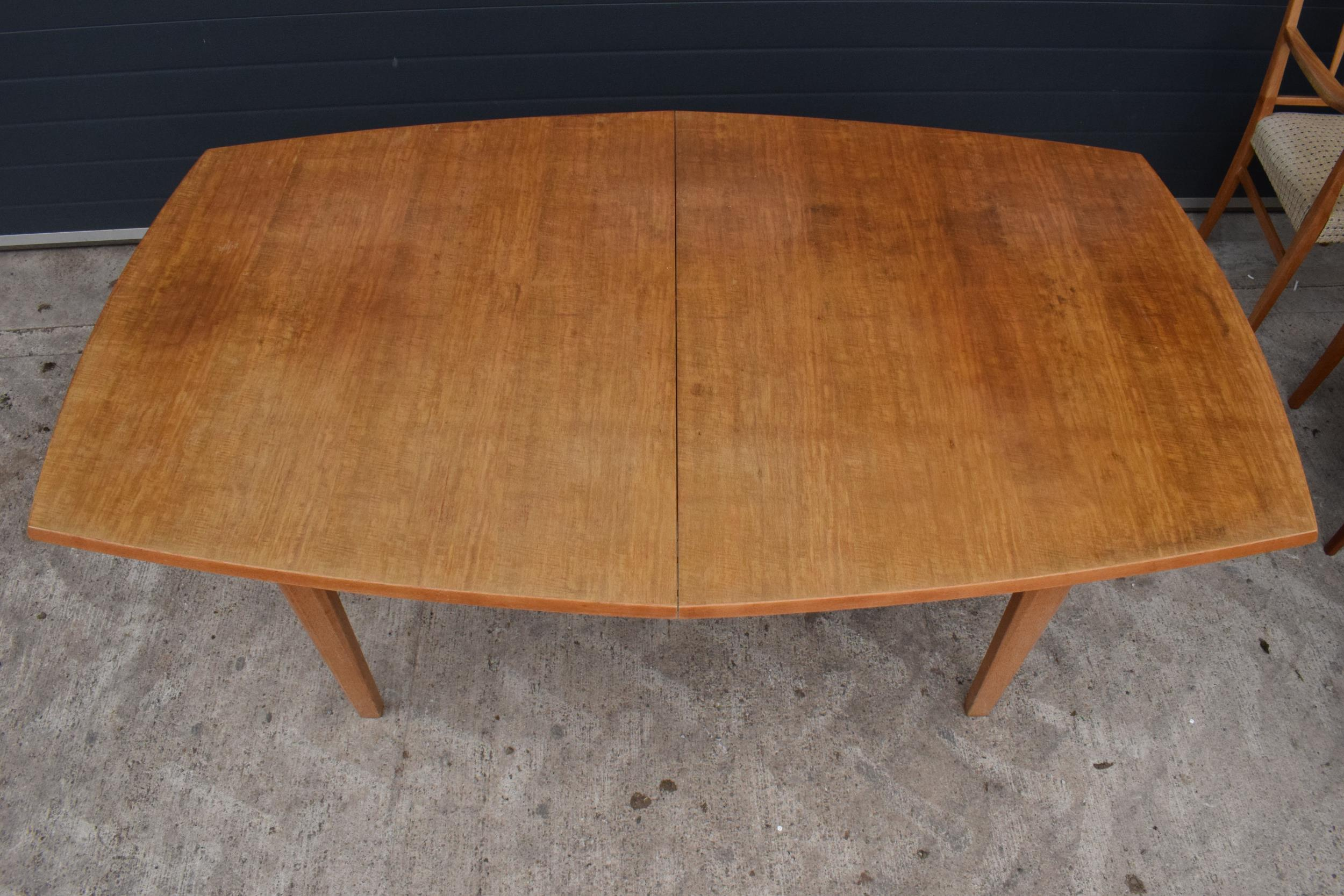 A mid century / retro Gordon Russell extending shaped rectangular dining table together with 6 - Image 7 of 11