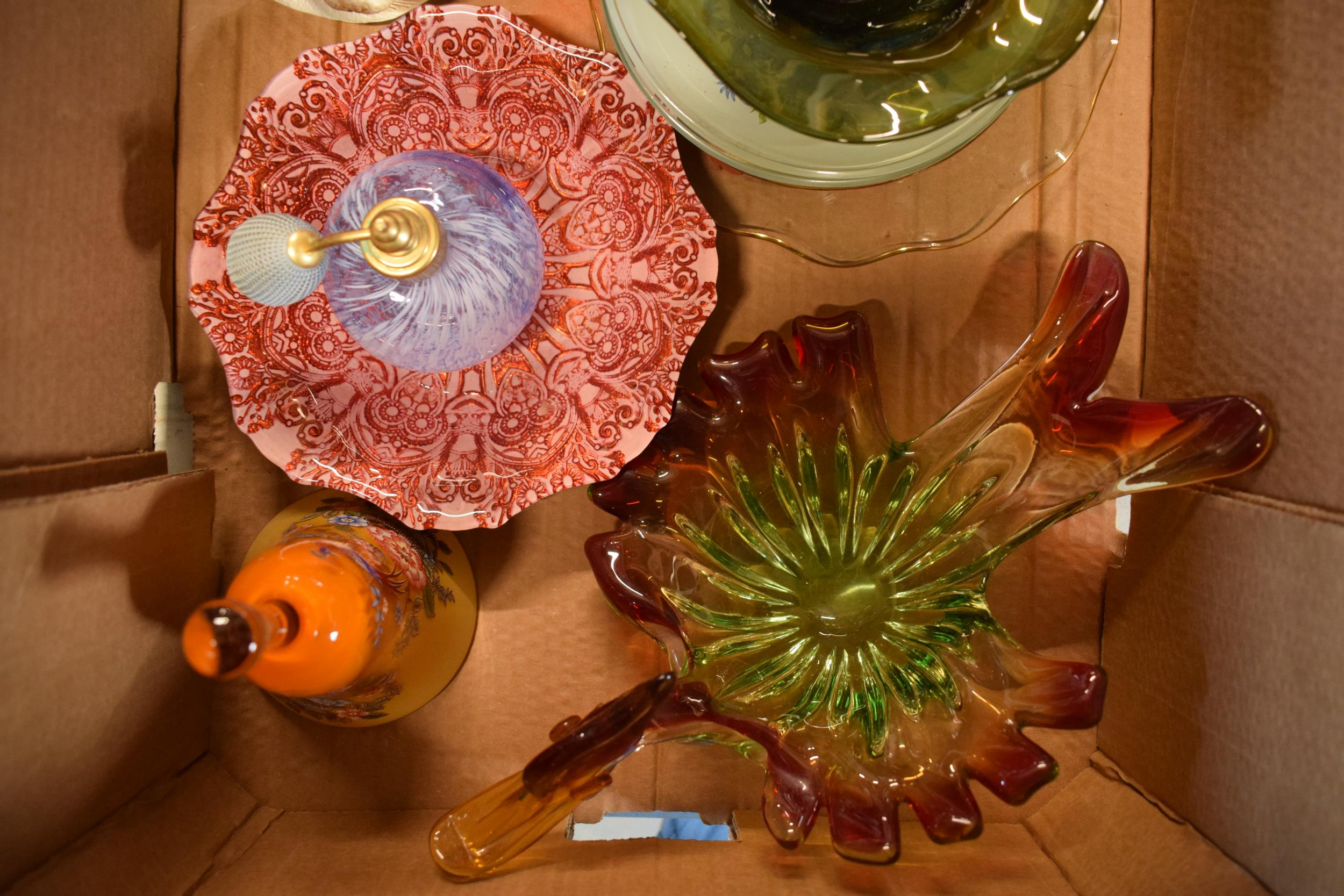 A collection of assorted art / studio glass in the form of vases, Murano style dish, Jack in the - Image 4 of 4