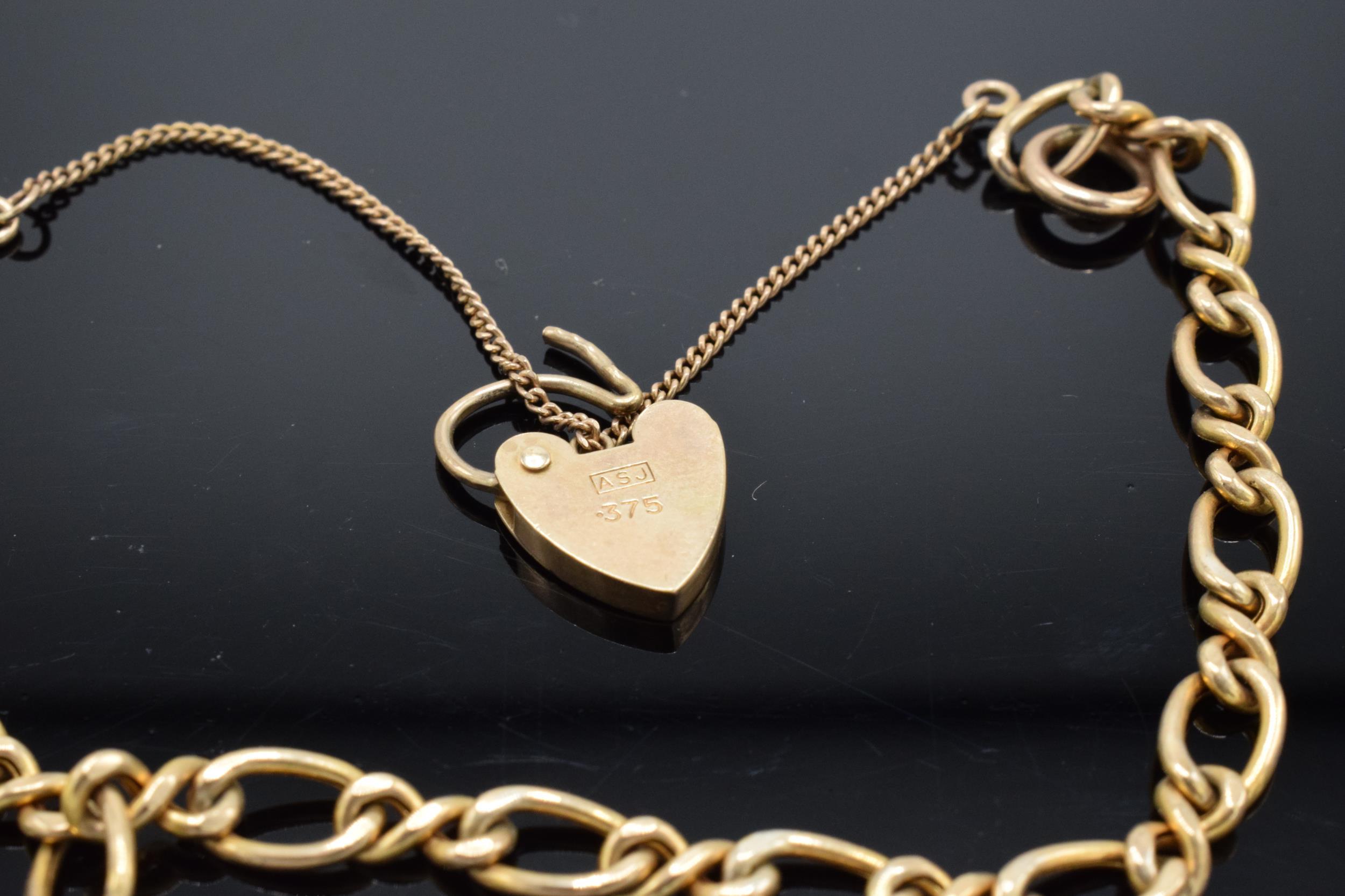 9ct gold charm bracelet 5.2g - Image 3 of 3