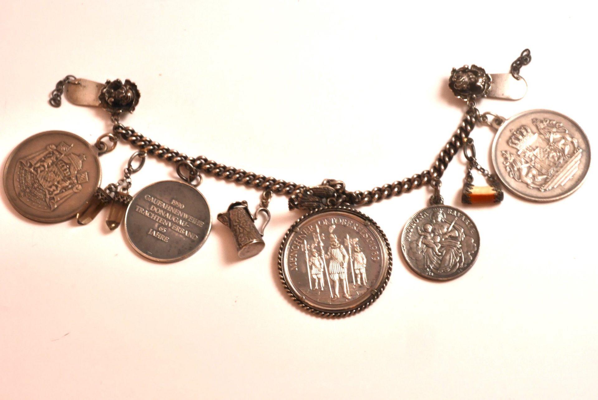 Tracht: Scharivari Silber 925 mit 5 Münzen und 5 Trachtanhänger, 160 Gramm