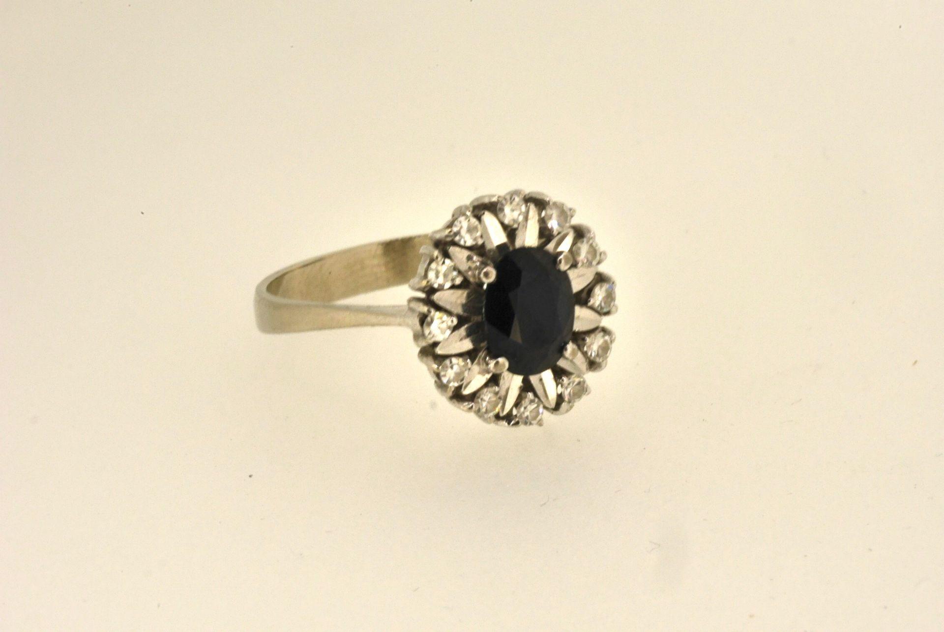 Ring WG 750, Saphir, Diamanten, 5,43 Gramm