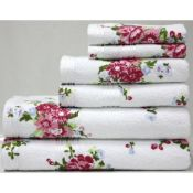 Leanna Printed Rose Bath Towel - RRP £16.99