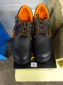 PAIR OF BLACK STEEL CAPPED SHOES SIZE 48