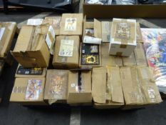 PALLET OF VARIOUS ANIMAL CARDS