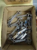 BOX OF 20 ADJUSTIBLE SM WRENCHES