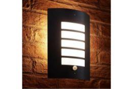 Fyffe Outdoor Bulkhead Light - RRP £39.99