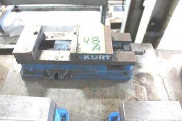 "Kurt 6"" Machine Vise, No Handle"