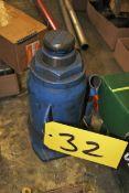 Approximately 10 Ton Hydraulic Jack