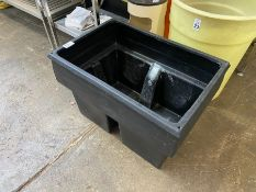 BLACK PLASTIC TUB