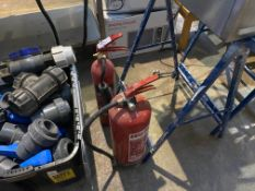 2X FIRE EXTINGUISHERS (WATER & CO2)