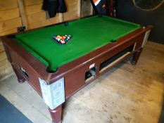 POOL TABLE (GOOD CONDITION) WITH CUES AND BALLS