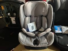 MAXI-COSI TITAN CAR SEAT WITH ISOFIX BASE (GROUP 1, 2 & 3) (9-36KG) (NEW)