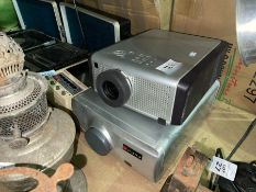 FAVI AND PHILIPS PROJECTORS