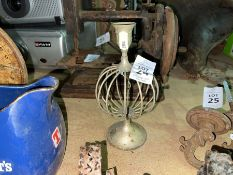SMALL CANDLE STAND