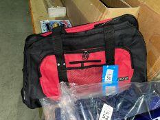 PORTWEST NEW RED/BLACK HOLDALL/KIT BAG