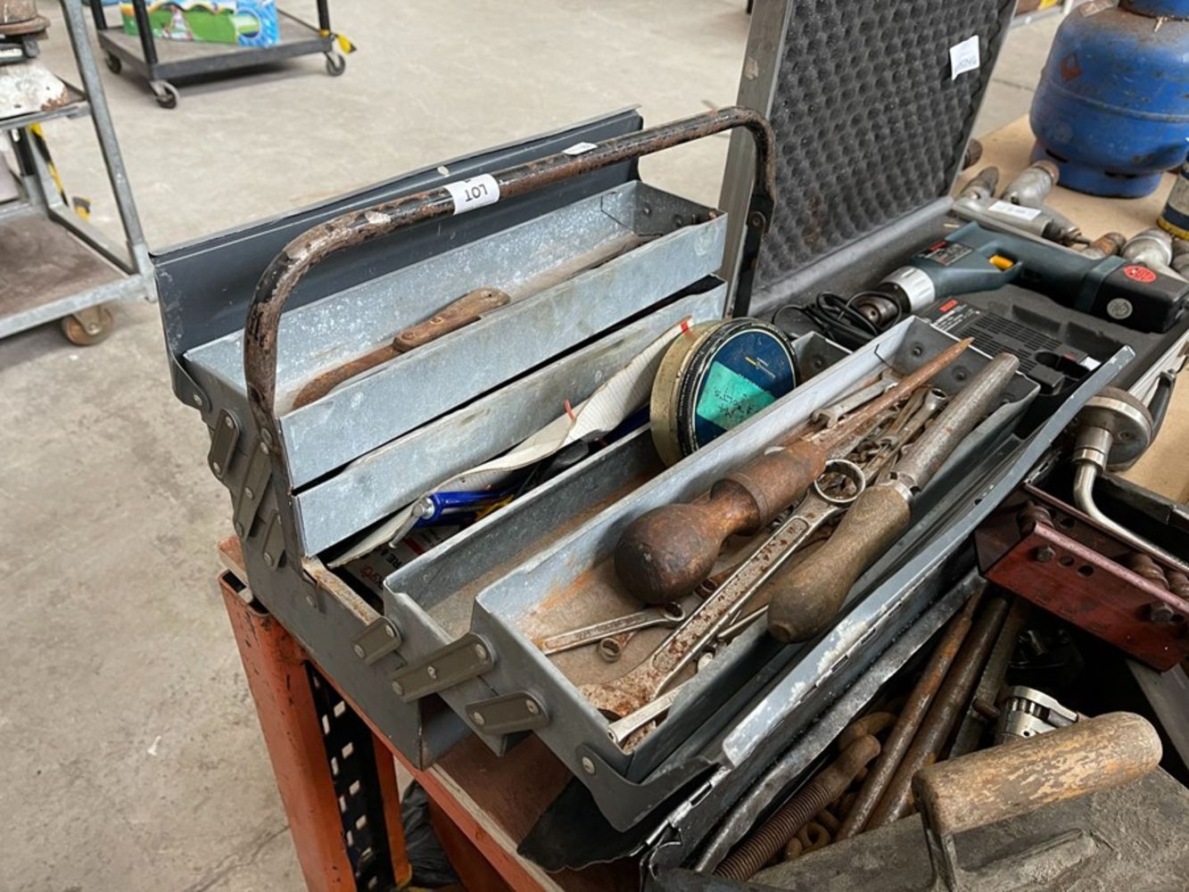 GENERAL ONLINE AUCTION - TOOLS - FURNITURE - HOUSEHOLD ITEMS - 22ND  APRIL ENDING FROM 7PM -  P&P