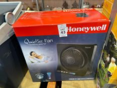 HONEYWELL QUIET SET OSCILLATING TABLE FAN (NEW)