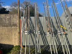 3X 10FT GALVANISED TRUNKING WITH PLUGS & AIRLINE FITTINGS