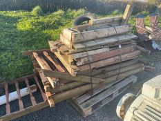 PALLET OF ASSORTED WOOD
