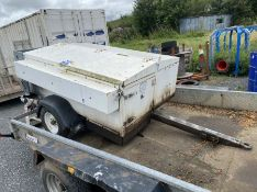 PIKE SIGNAL LIGHTS TRAILER WITH BUILTIN KUBOTA OC 60 ENGINE COMPLETE WITH TWO SETS OF ROAD LIGHTA