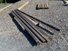 """5 X LENGTHS OF 4 X 3"""" ANGLE IRON 10MM THICK (LENGTHS 118"""" - 121"""") (HAMMER VAT ON THIS ITEM)"""
