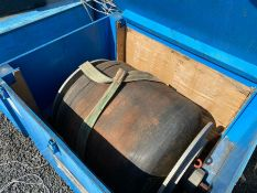 PRONAL INFLATABLE PIPE PLUG IN WOODEN CRATE (HAMMER VAT ON THIS ITEM)