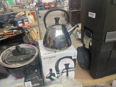 LE CREUSET STAINLESS STEEL KETTLE