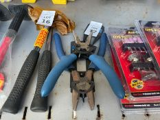 2X PAIRS OF LASER PLIERS