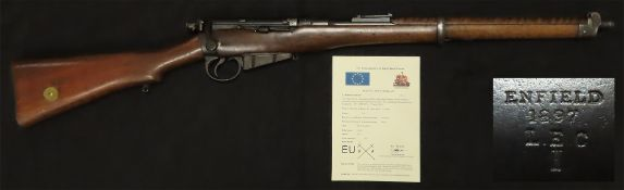 Carbine: an extremely rare and interesting Boer War Lee Enfield Cavalry Carbine, cal .303. Butt