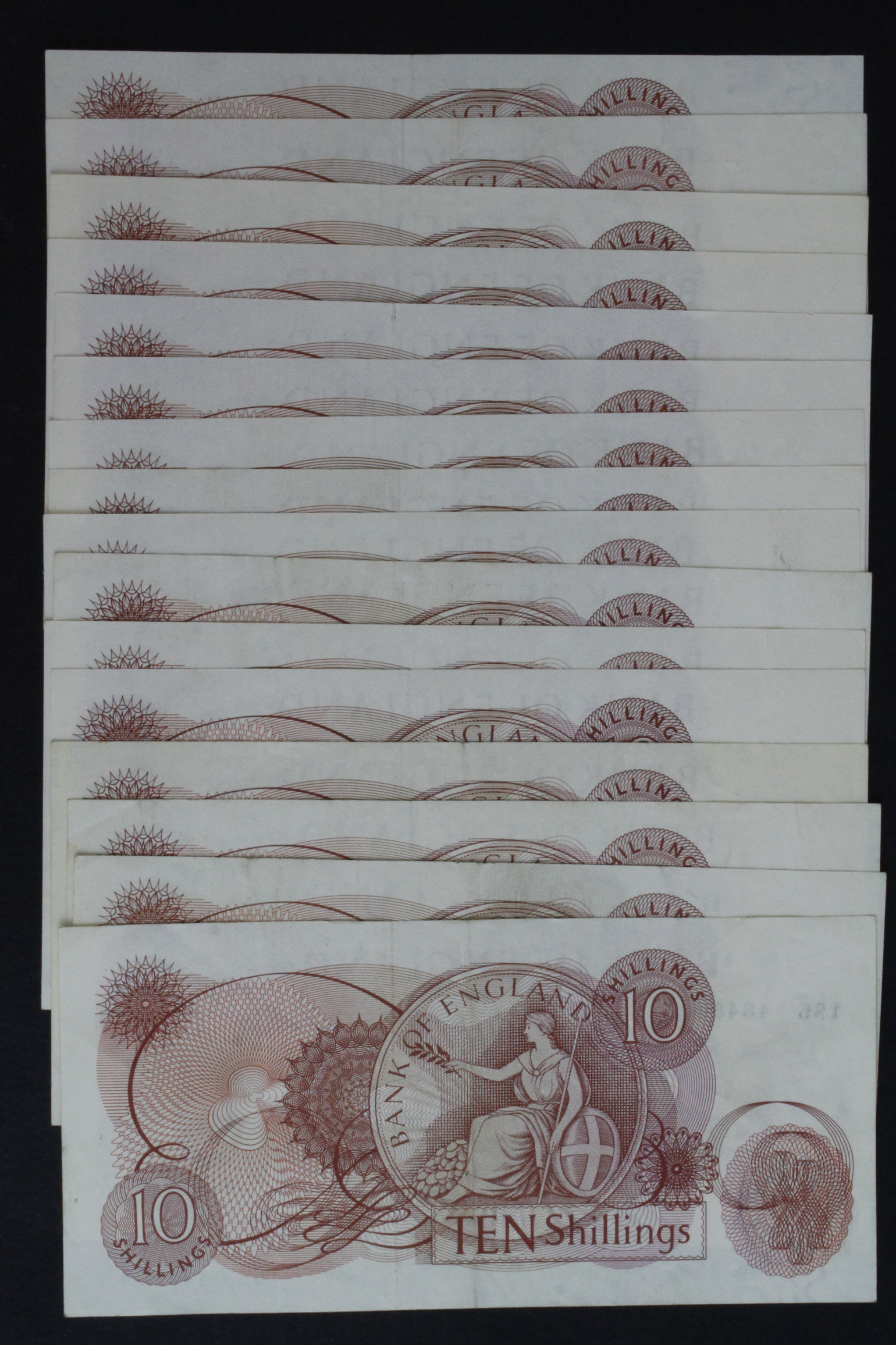 Hollom & Fforde 10 Shillings (16), a collection of series C Portrait notes, Hollom (9) issued - Image 2 of 2