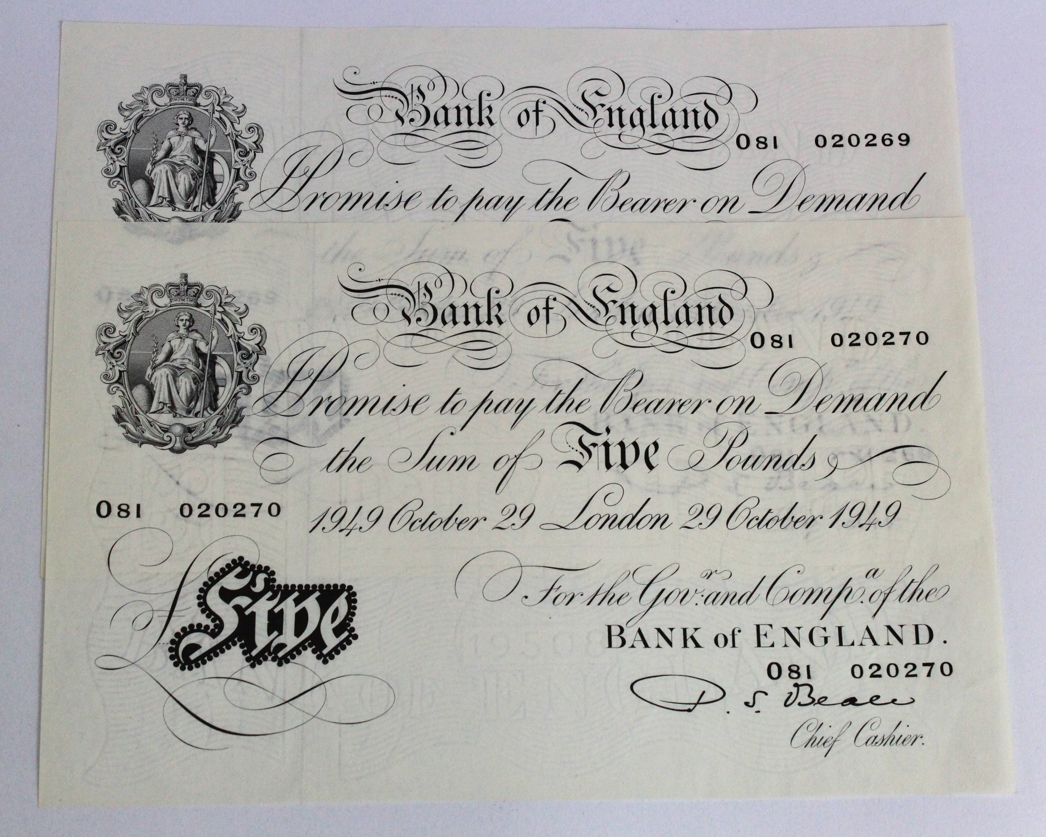 Beale 5 Pounds (2) dated 29th October 1949, a consecutively numbered pair, serial O81 020269 & O81