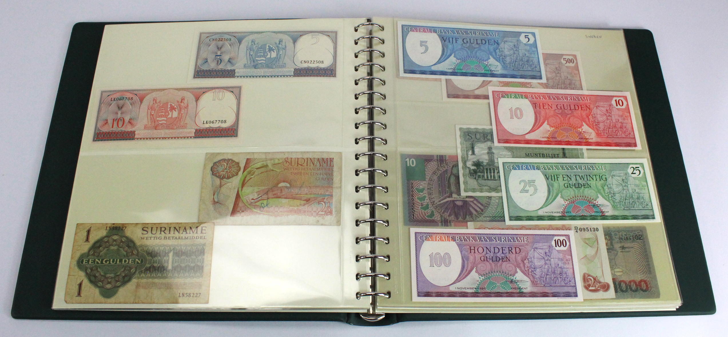 World (200), collection in 2 Lindner albums, countries S, Saint Helena - Syria, some duplication, - Image 6 of 6