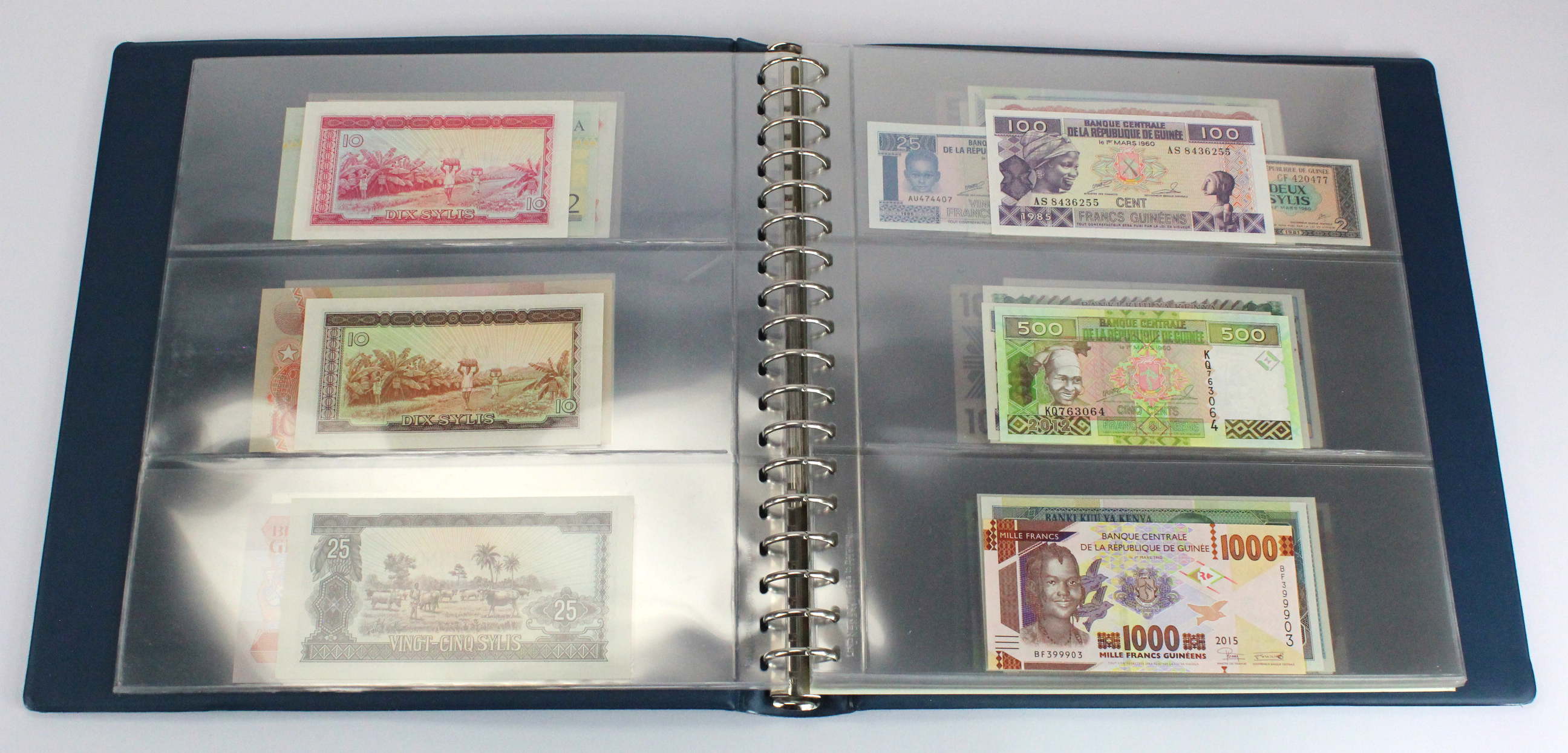 World, Africa (76) a good group of Uncirculated notes in Lindner album, Biafra, Gambia, Ghana, - Image 6 of 27