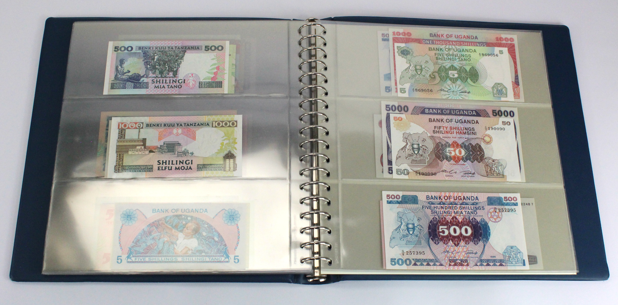 World, Africa (76) a good group of Uncirculated notes in Lindner album, Biafra, Gambia, Ghana, - Image 23 of 27