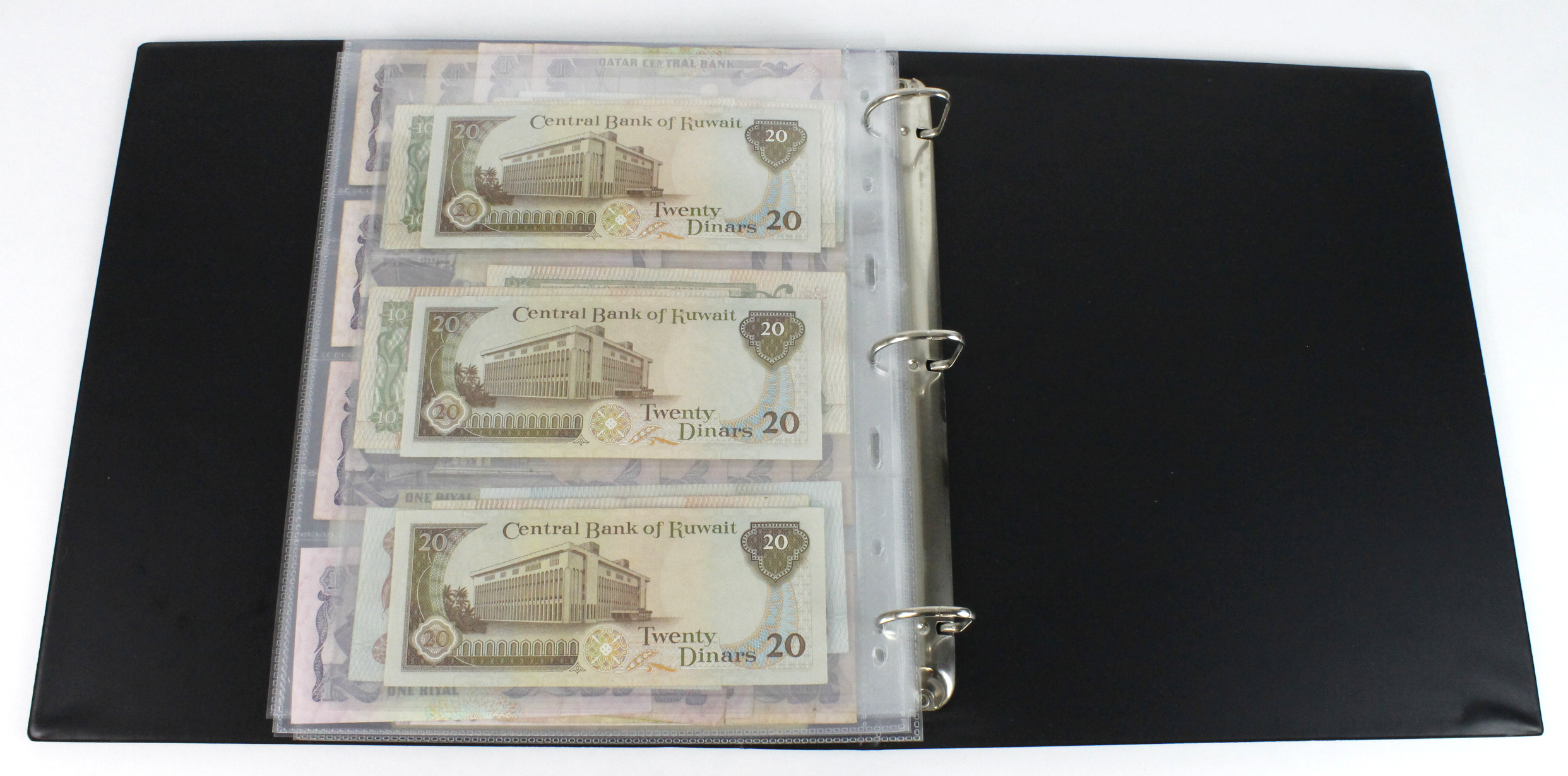 World, Middle East (84) in banknote album comprising Bahrain, Egypt, Iran, Iraq, Israel, Jordan, - Image 22 of 23