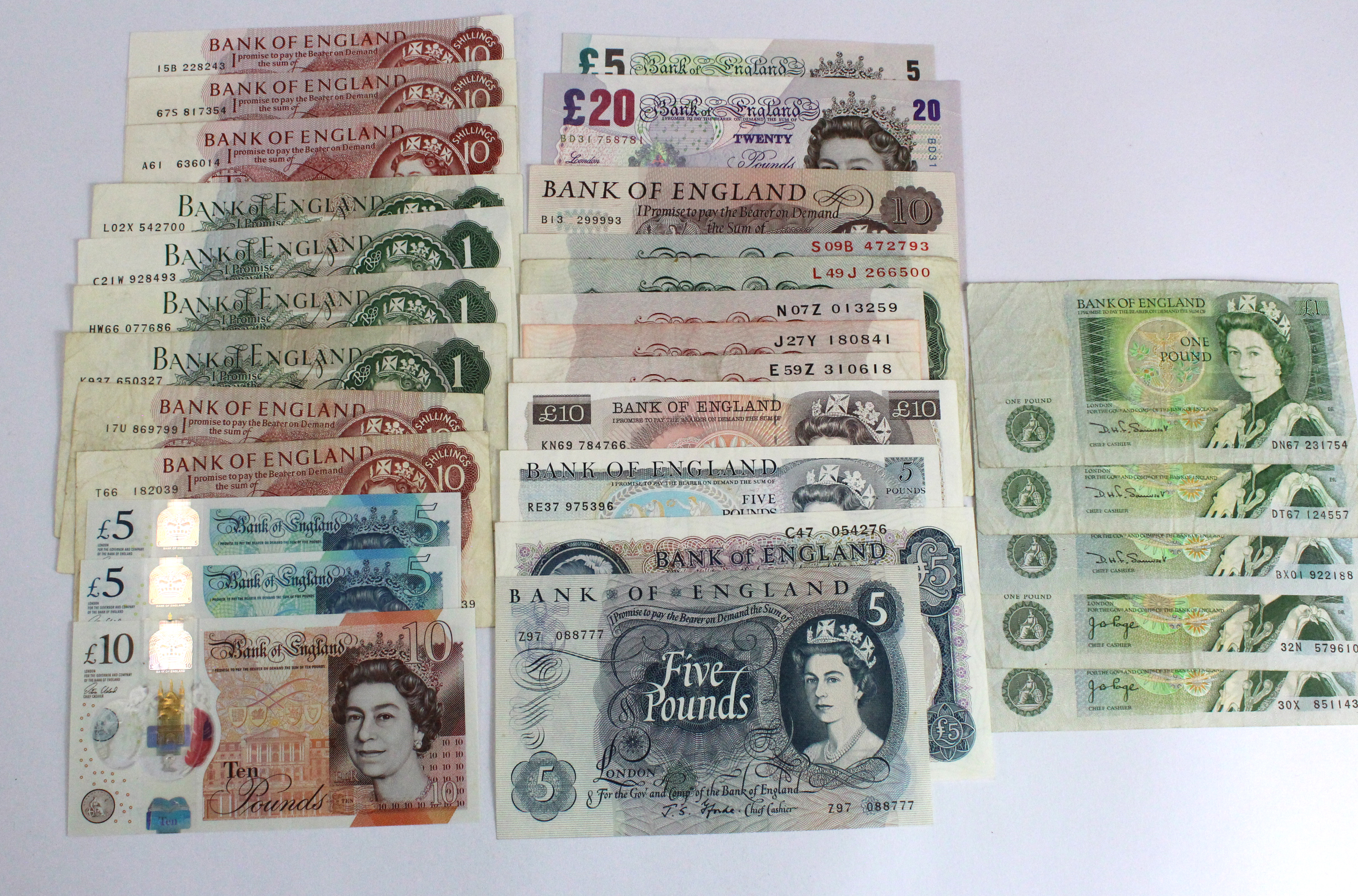 Bank of England (29), denominations from 10 Shillings to 20 Pounds, signatures ranging from Peppiatt