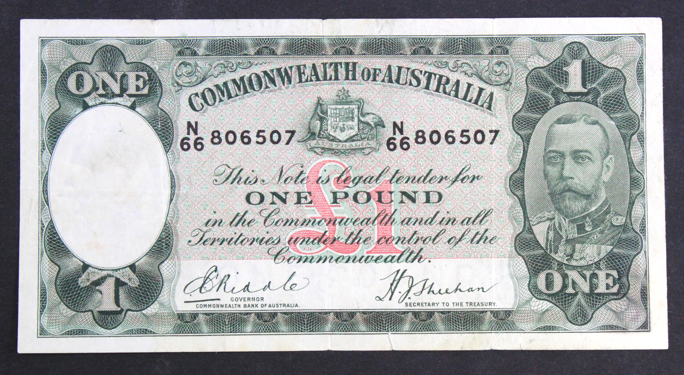Australia 1 Pound issued 1933 - 1938, signed Riddle & Sheehan, King George V portrait, serial N/66