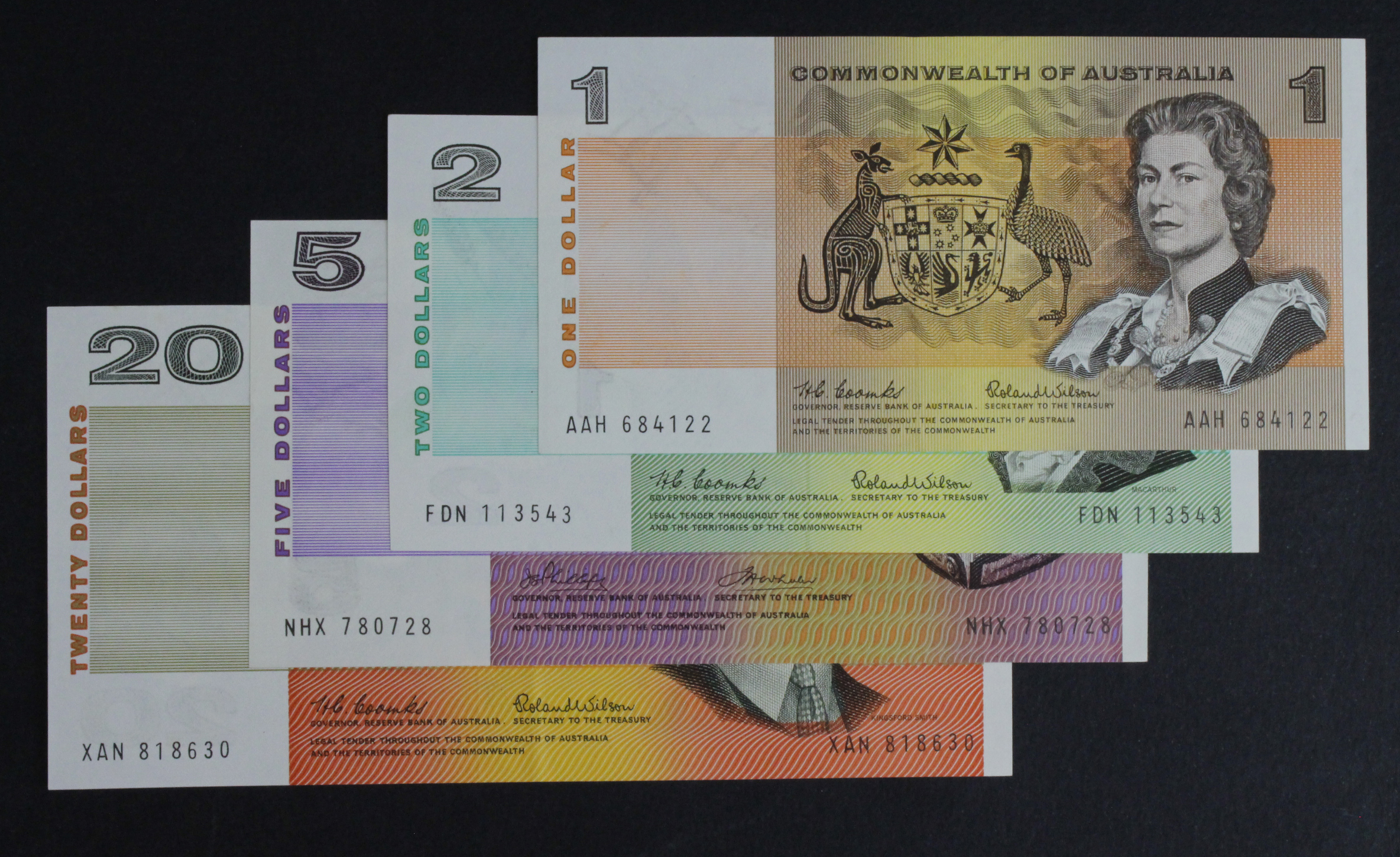 Australia (4), a group of earlier Commonwealth of Australia issues, 20 Dollars, 2 Dollars & 1 Dollar