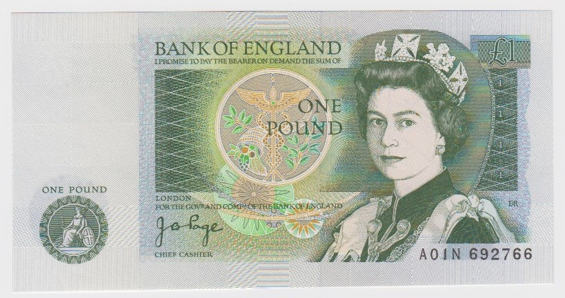 Page 1 Pound issued 1978, rare FIRST RUN note, serial A01N 692766 (B340, Pick377a) Uncirculated