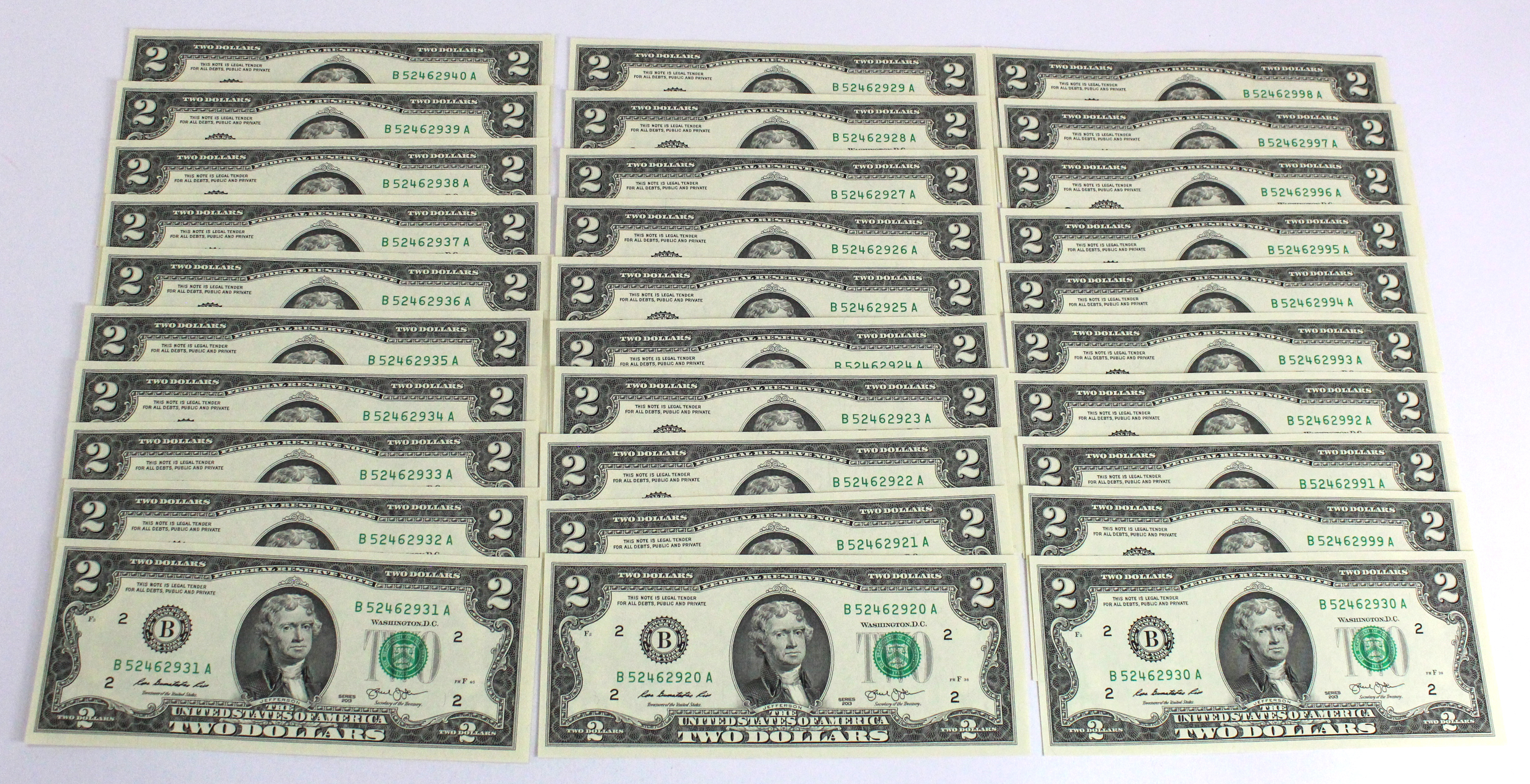 USA 2 Dollars (30) dated 2013, in 2 consecutively numbered runs, serial B52462920A - B52462940A