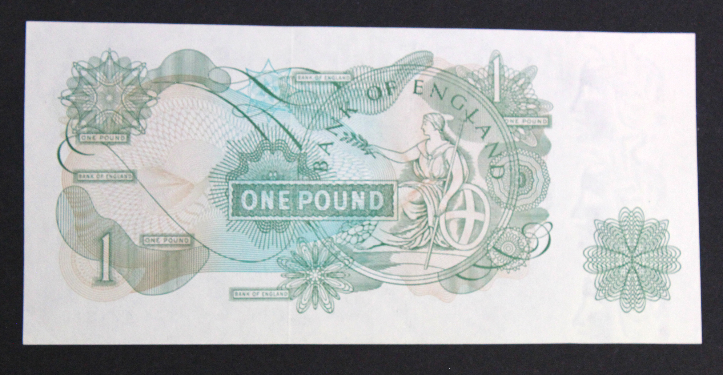 ERROR Page 1 Pound issued 1970, print flaw part of Queens portrait missing/smudged, serial HS74 - Image 2 of 2