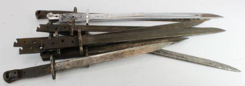 Bundle of British Bayonet odds. (qty)