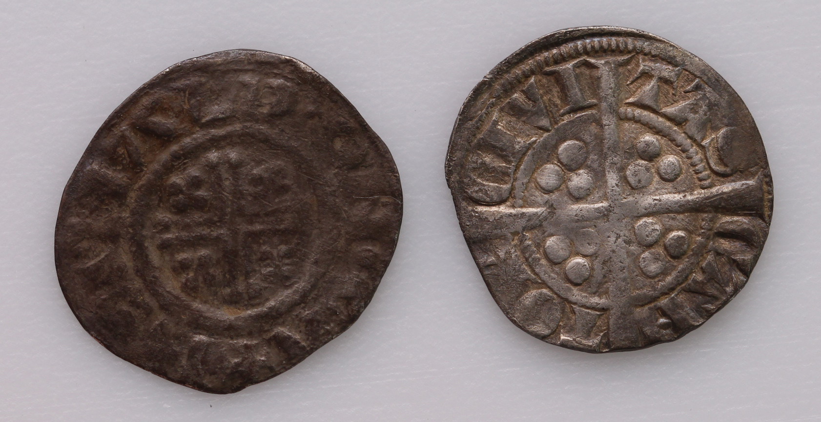 Canterbury Mint Pennies (2): Richard I Class 4b, S.1348C, REINALD ON CA, 1.26g, VG, along with - Image 2 of 2