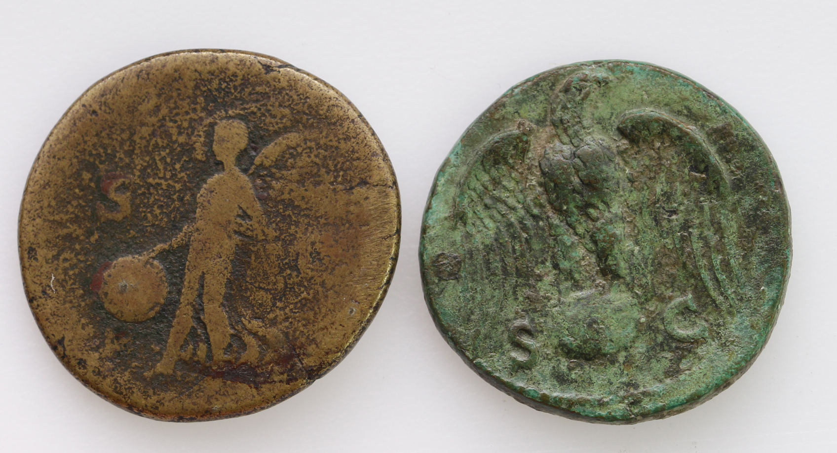 Roman Imperial: Vespasian (2): AE As, eagle on globe,11.03g, VF, green patina, along with brass - Image 2 of 2