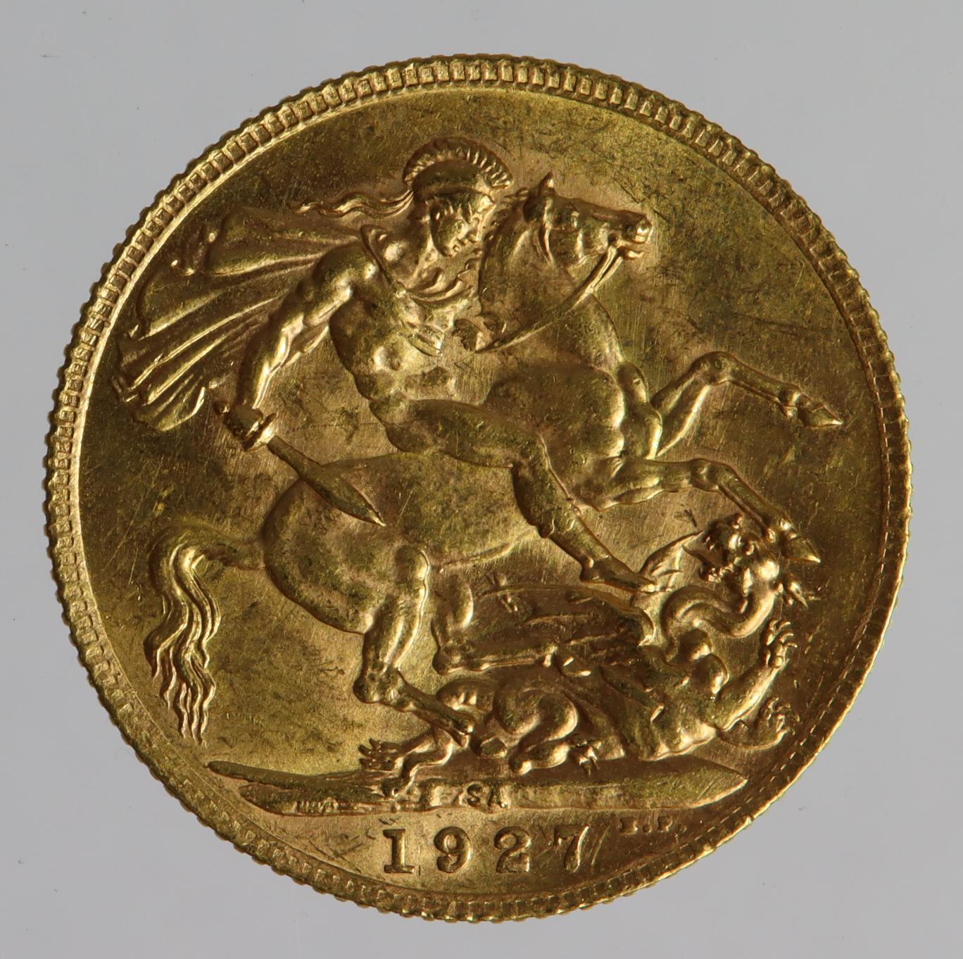 Sovereign 1927SA, Pretoria Mint, South Africa, EF, a few marks. - Image 2 of 2