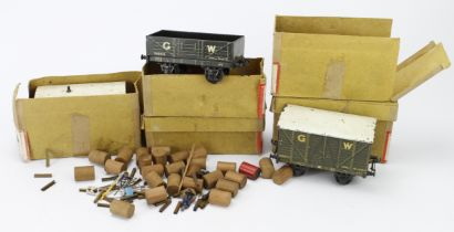 Bassett Lowke O gauge 'Lowko'. A group of five boxed wagons, comprising SR open & closed wagons,
