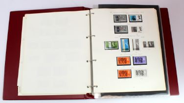 GB - collection in red binder up to 1980, used except for some Wildings and QE2 Commemoratives, no